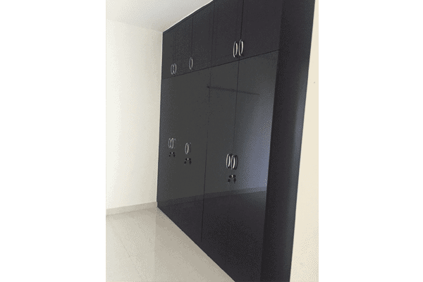 Wardrobes Glossy finish